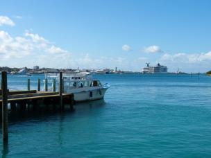Blick zum Kreuzfahrthafen-1200x900