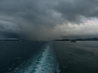 Schwarze Wolken über Antigua-1200x900