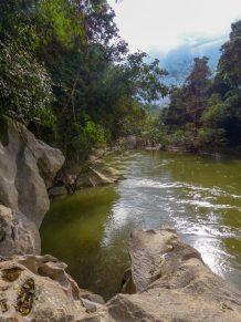 Thailand Khao Sok Nationalpark Dschungel Kajaktour Kajak Paddeln Fluss Höhle