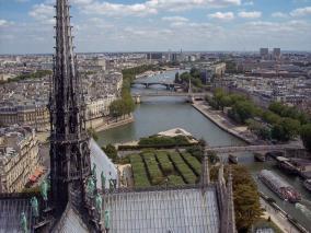 Frankreich Paris Notre Dame de Paris Kathedrale Glockenturm Turm Turmbesteigung Turmspitze Dach La Fleche Spitzturm Vierungsturm Seine Ile-de-la-Cite