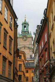Schweden Stockholm Altstadt Gamla Stan Gasse alte Häuser Gassen Kirche
