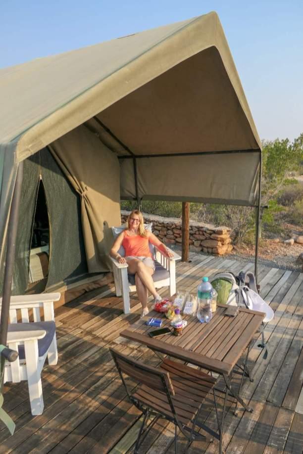 Südafrika South Africa Kleine Karoo Oudtshoorn Schoemanshoek Le Petit Karoo Ranch Safarizelt Terrasse Chillen