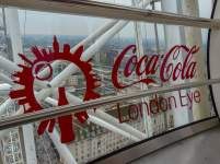 Großbritannien England UK London London Eye Riesenrad Gondel Glasgondel Coca Cola