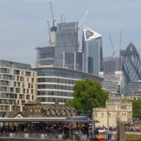 Großbritannien England UK London Themse Bootsfahrt River Thames Cruise Boot modernes London City of London