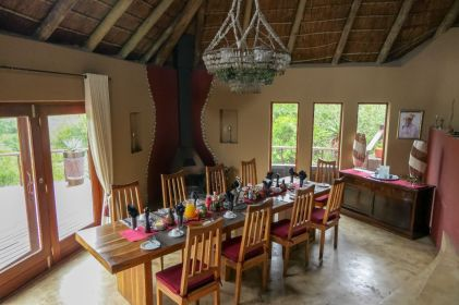 Südafrika South Africa Garden Route Ostkap Sibuya Game Reserve Wildreservat Bush Lodge Frühstück