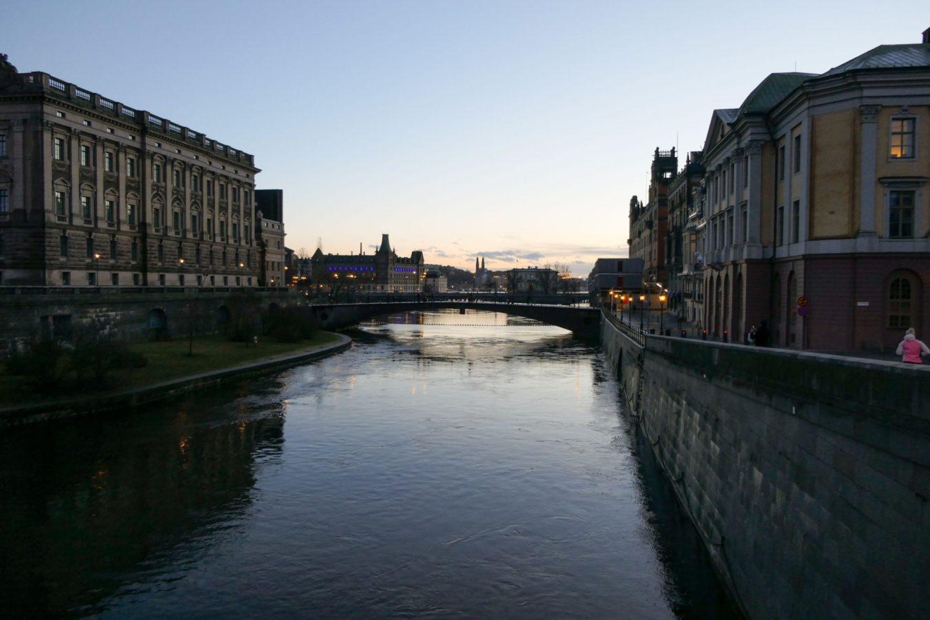 Stockholm Schweden Abend Wasser Brücke