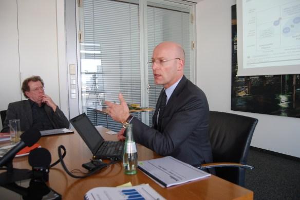 Dr. Roman Friedrich von Booz & Co.