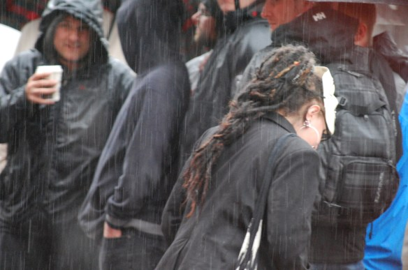Anti-Drossel-Demo im Regen