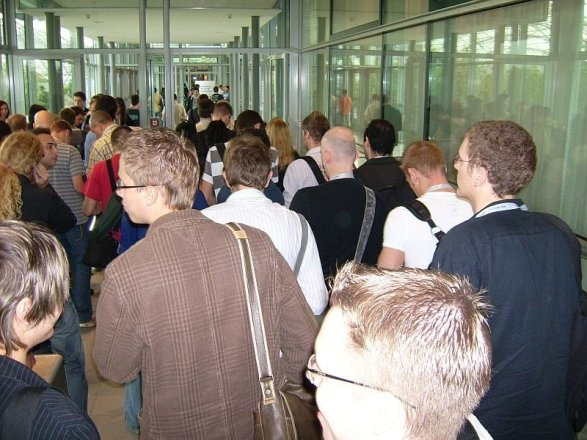 Presseeingang am Mittwoch, Foto: Stefan Keller