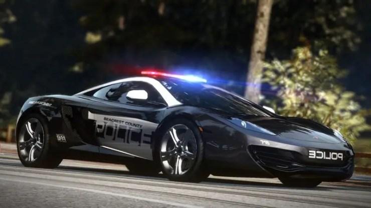 Need for Speed: Hot Pursuit - 12 Zylinder-Polizeifahrzeug