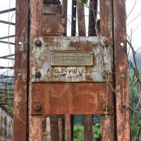 En images - Infrastructures de Sounda : le pont et les vestiges de l'ébauche du barrage