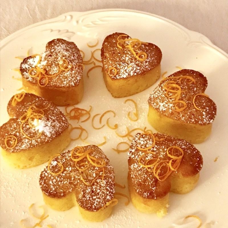 Gâteau à l'orange moelleux car imbibé comme un Baba mais au jus d'orange