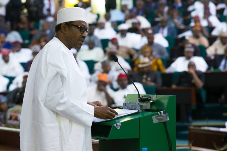 President Muhammadu Buhari presents the 2016 budget before NASS