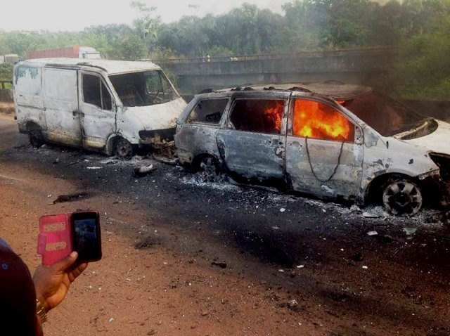 53-persons-burnt-to-death-in-edo-auto-crash