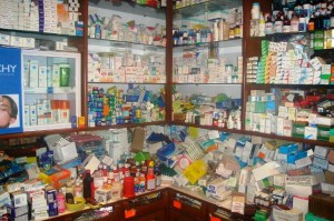 army-bans-illegal-drug-stors-in-mammy-market