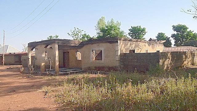 destroyed-houses-in-godogodo