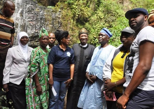 Minister Kick-starts Tour of Tourist Sites