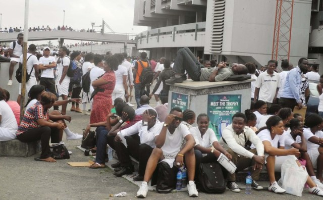 PIC. 8. APPLICANTS DURING THE NIGERIAN IMMIGRATION SERVICE RECRUITMENT IN LAGOS ON SATURDAY (15/3/14). 1618/15/3/2014/WAS/BJO/NAN