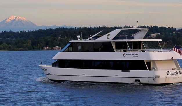 Sunday brunch on Lake Washington