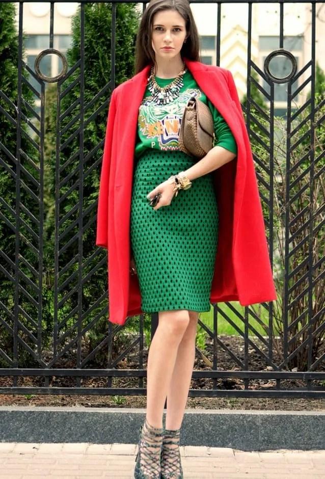 look verde y rojo