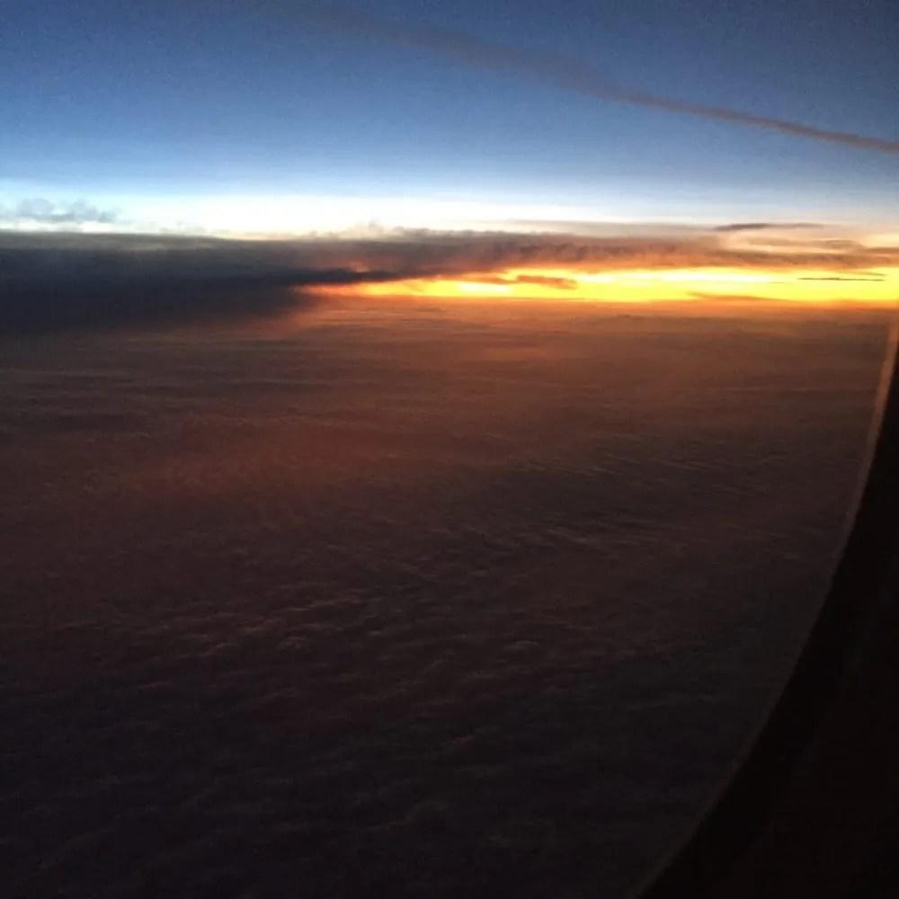 amanecer vuelo suramerica