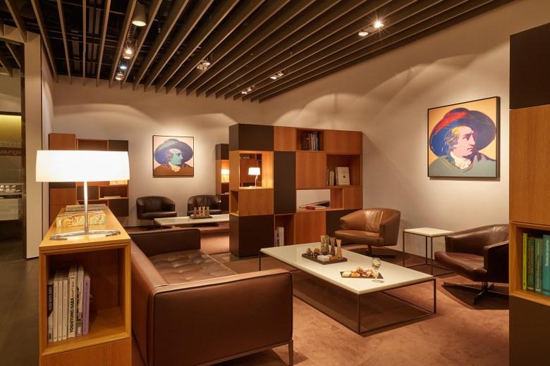 LUFTHANSA FIRST CLASS Lounge Frankfurt Airport, Frankfurt, Germany