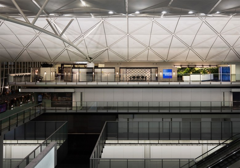 CENTURION LOUNGE Side View - Best Airline Lounges 2019