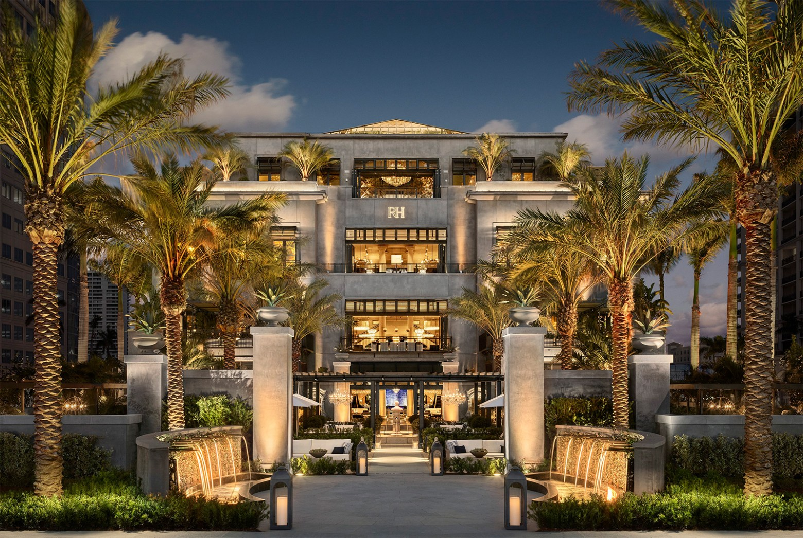 Restoration Hardware West Palm Beach Exterior
