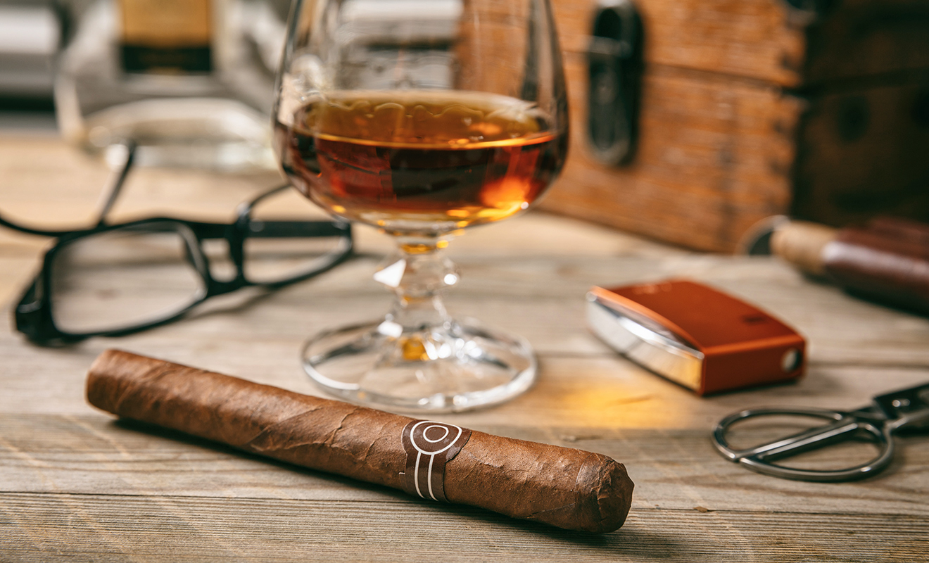 5 of the best cigar bars in the U.S.