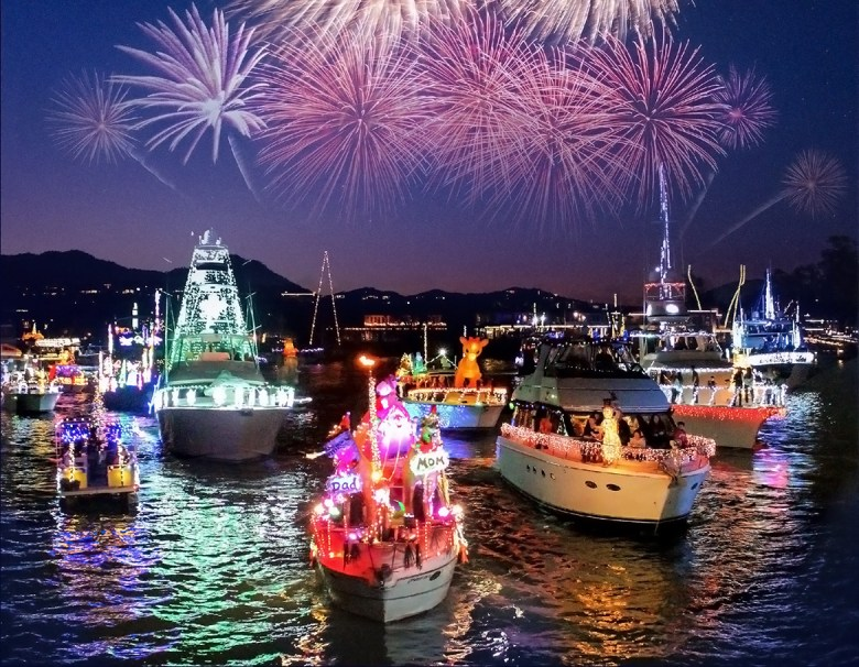 NEWPORT BEACH BOAT PARADE, Newport Beach CA