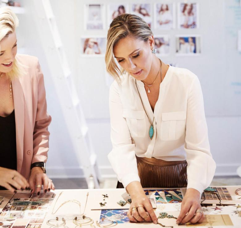 Artist Kendra Scott working on spring collection