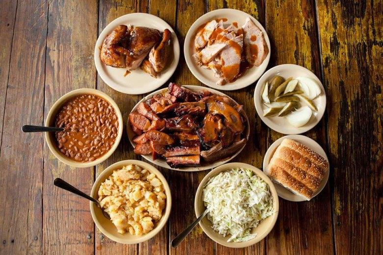 Salt Lick BBQ, Austin International Airport - BBQ & Side Dishes