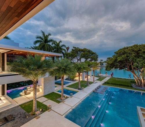 Choeff Levy Fischman Architecture + Design Backyard