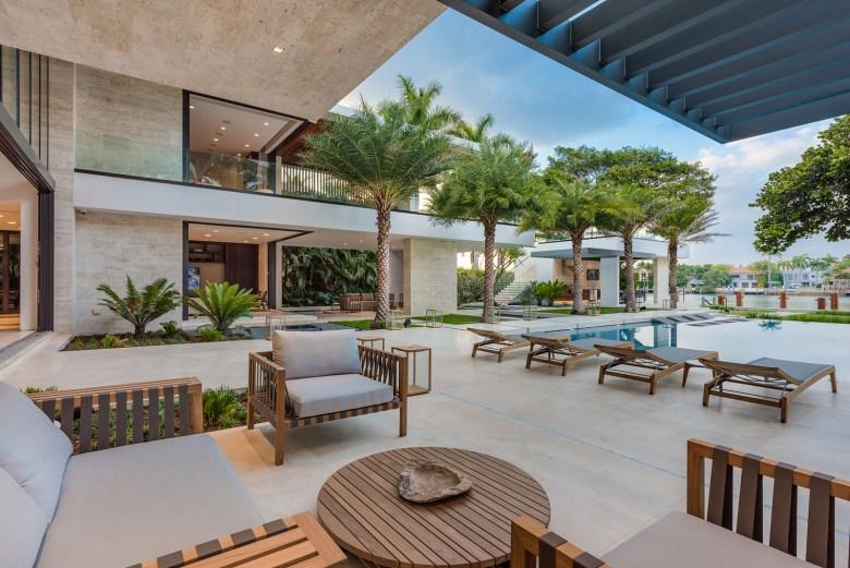 Choeff Levy Fischman Architecture + Design Lounge