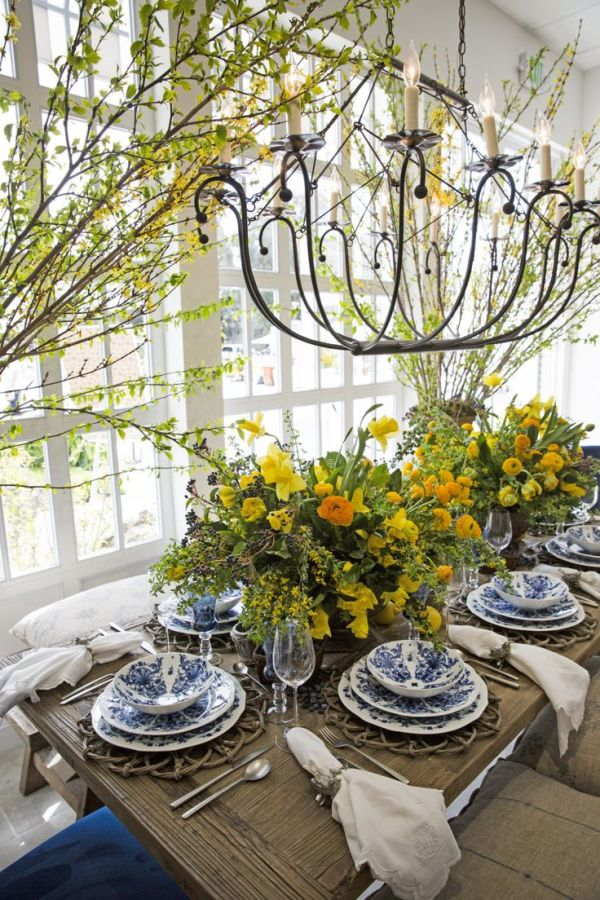 Bold And Blue Tablescape