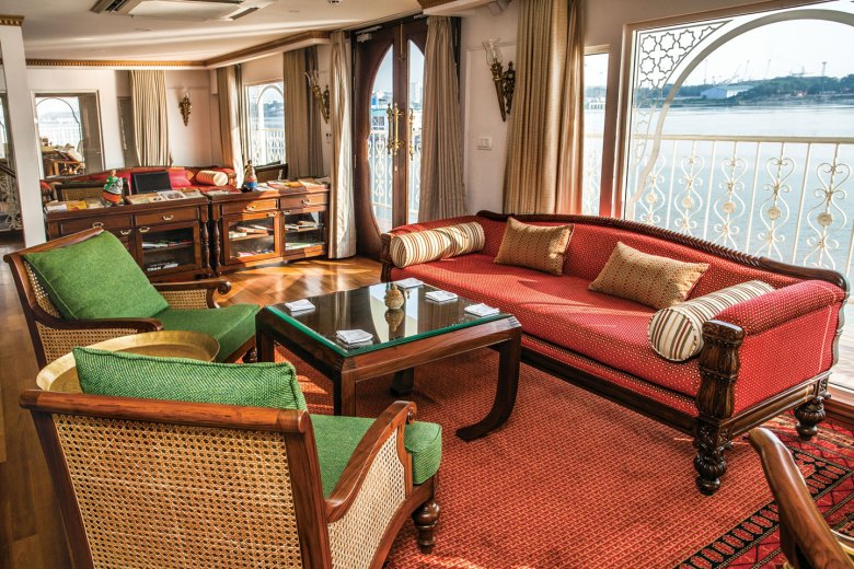 India River Cruise aboard the Ganges 2