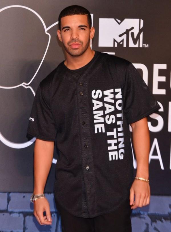 Drake on VMA red carpet