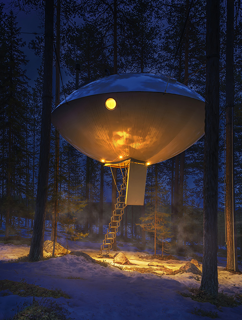 The UFO treehouse hotel Sweden