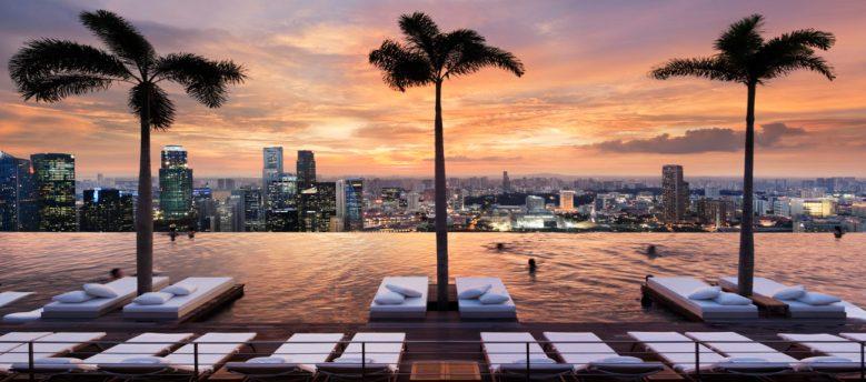 Sands Singapore infinity pool design