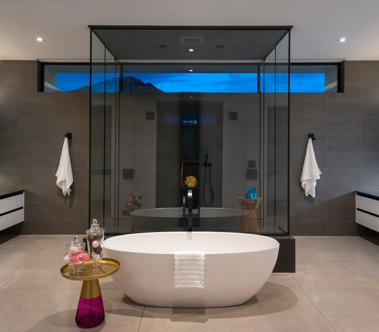 ICONIC HAUS Master Bath by Earth & Images