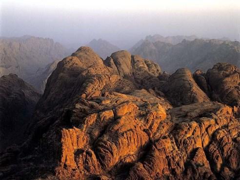 Vista aerea del Monte Sinaí.