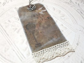 Fly Distressed Altered Luggage Style Tag