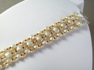 Three strand vintage style acrylic pearl bracelet