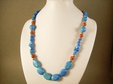 turqouise beaded necklace
