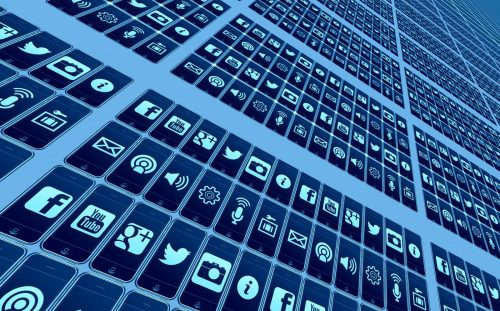IE3: internet veilig publiceren en communiceren met internet & sociale media (blog, vlog, website,…)