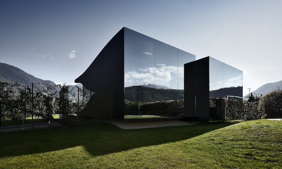 peter_pichler_architecture_mirror_houses_01