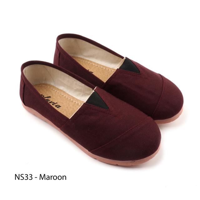 Pluvia - Sepatu Flat Shoes Slip On Anak Perempuan Cewek Kanvas NS33 - Maroon / Navy