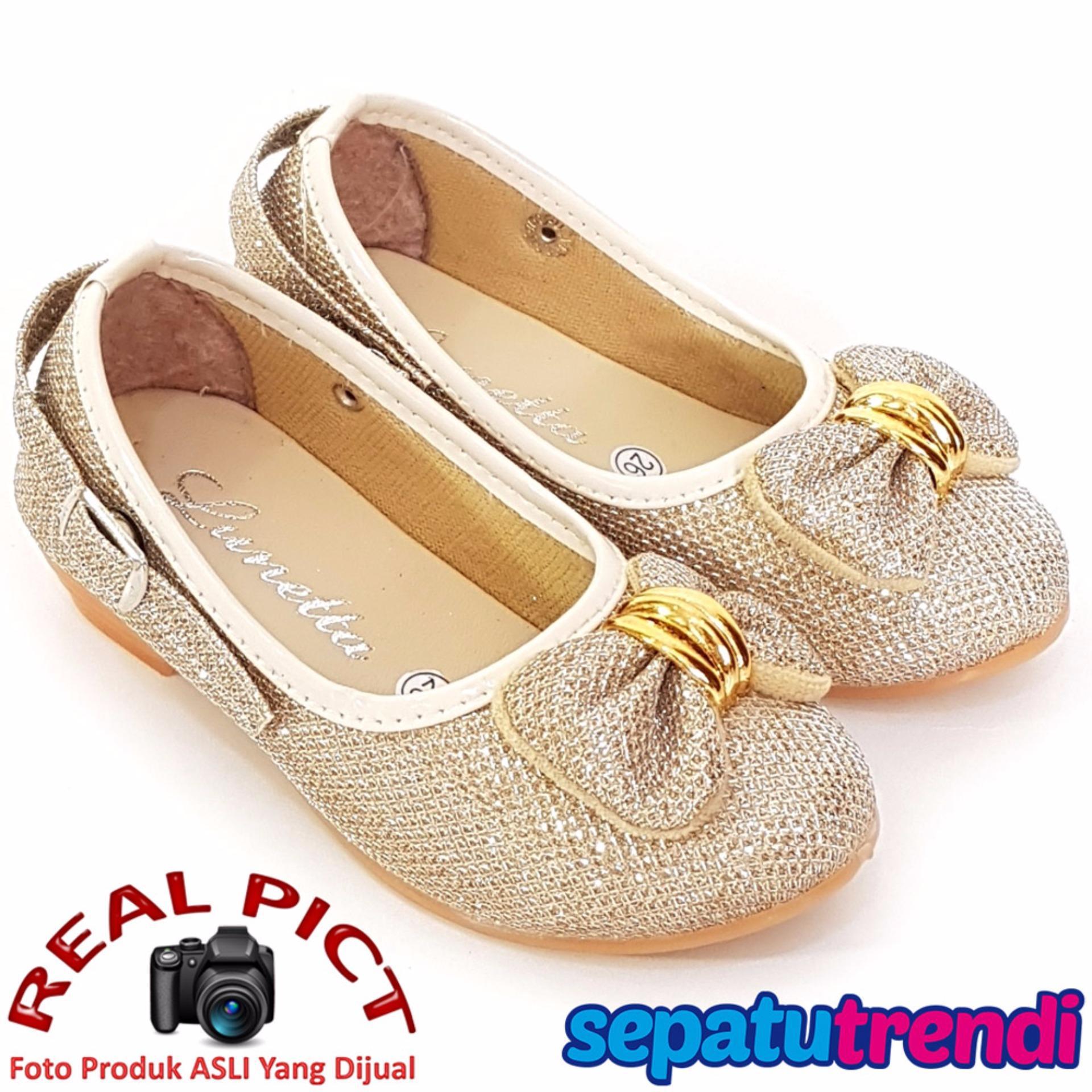 Trendishoes Sepatu Boot Anak Laki Star Kid Stardpn Blackbeige Java Seven  Adrian Amu 010 Boots Beige faeb26b43b