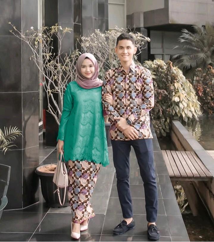 Likin TERMAHAL – Kebaya Couple Modern - Couple Batik – Batik Sarimbit - Baju Wanita Terbaru - Batik Kondangan - Baju Batik Couple Dini Aminarti