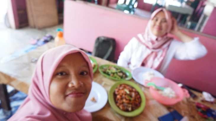kuliner di pantai jetis (1)